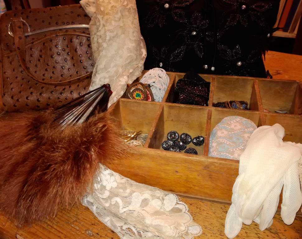 matriarca-borse-accessori-vintage-bags-ventaglio-guanti-accessories