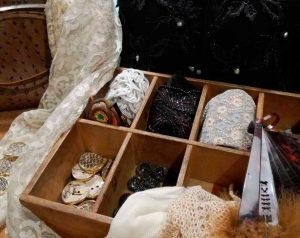 matriarca-borse-accessori-vintage-bottoni-sciarpe-accessories
