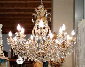 matriarca-lampadario-vetro-antico-gocce