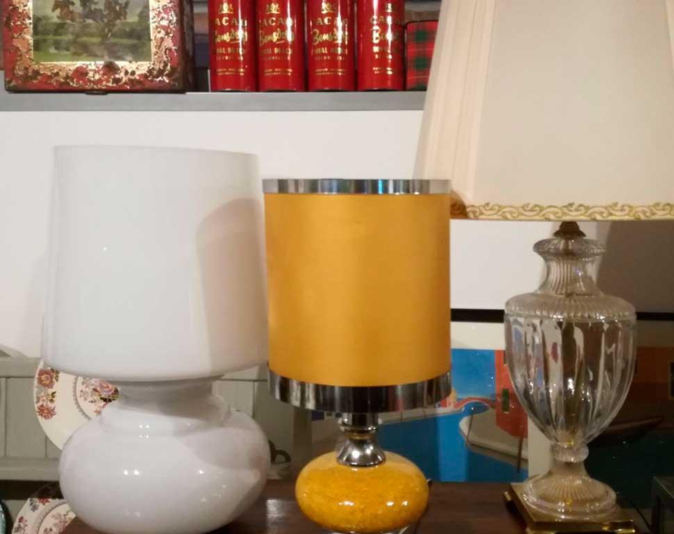 matriarca-lampade-vintage-antiche-gialla-vetro