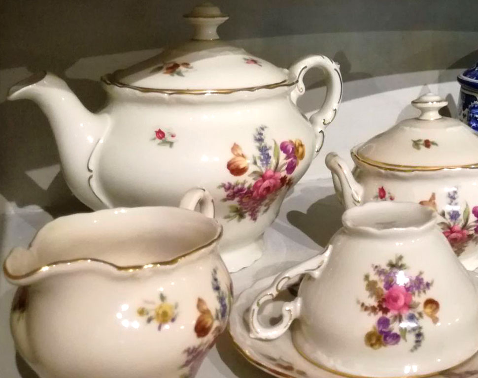 matriarca-servizi-da-tavola-porcellana-vintage-te